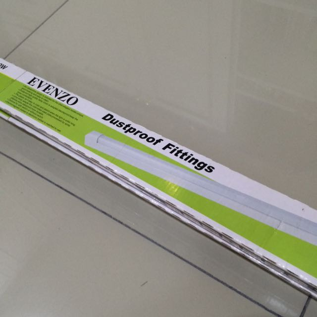 Evenzo Dustproof Fluorescent Lamp