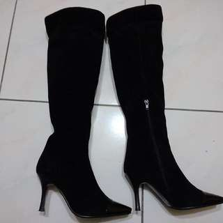 KAZANA黑色絨布長靴 23.5(37)