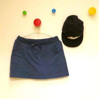 Lativ 深藍短褲裙