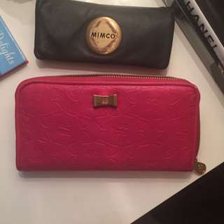 Oversized Kate Hill Wallet With Bow Features