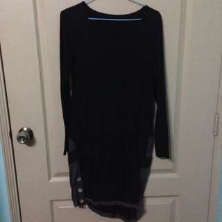 Long Sleeved Black Shift Dress