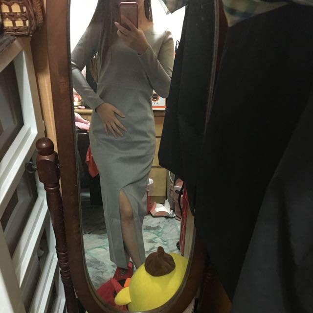 《全新》銀灰顯瘦連身洋裝