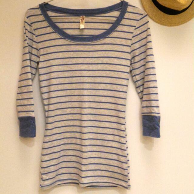 藍灰條紋七分袖衫