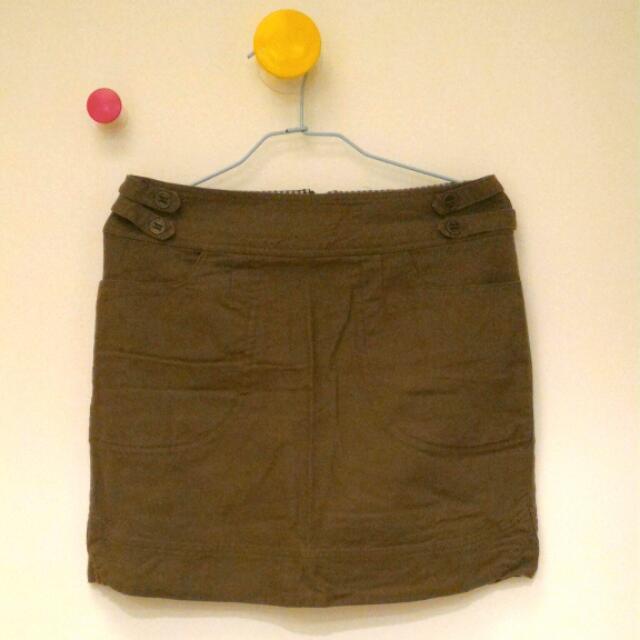 Gozo 軍綠短窄裙
