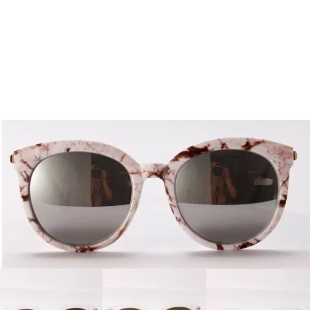 Oversized Mirrored Lens Sunglass