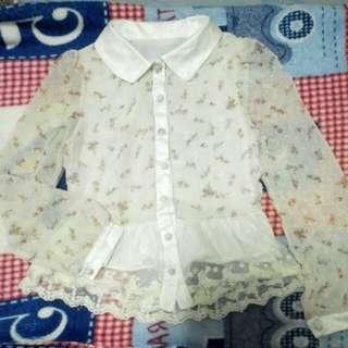[全新] eyescream 娃娃領小碎花透膚雪紡上衣 氣質網狀蕾絲下襬長袖襯衫