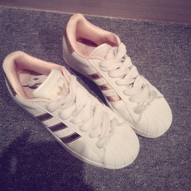 【9成新】愛迪達正版 休閒鞋(金)