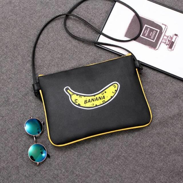 可愛香蕉側背包/隨身包/小包