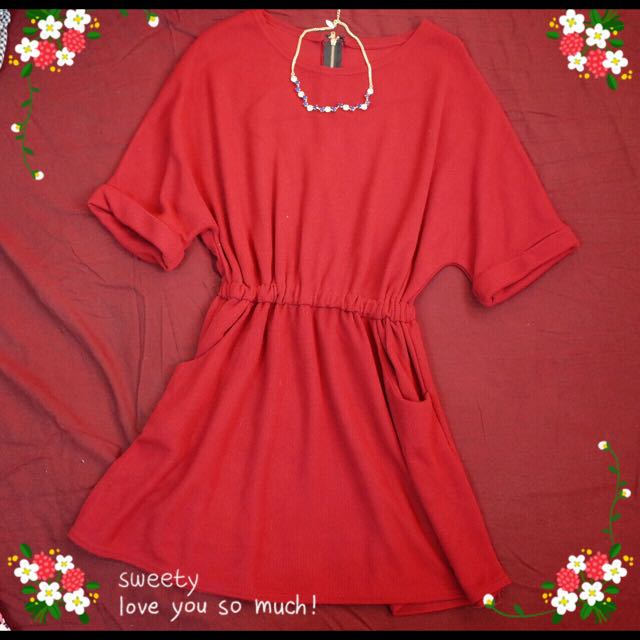 💋💋新年好運酒紅洋裝💃💃吃多不怕縮腰好顯瘦!