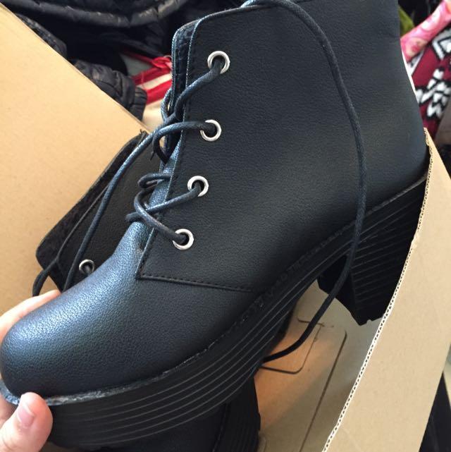 厚底高跟鞋 素黑