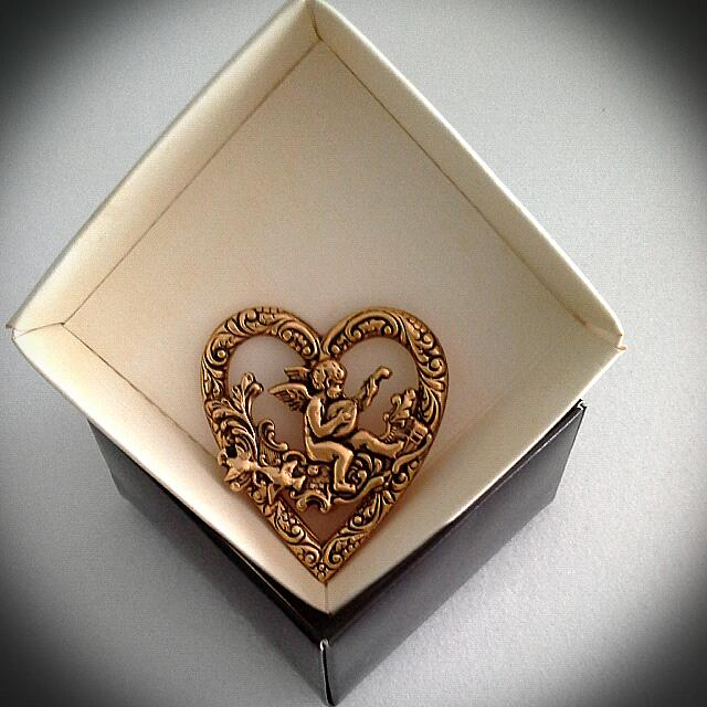💜Cupid Heart Gold Broach💖