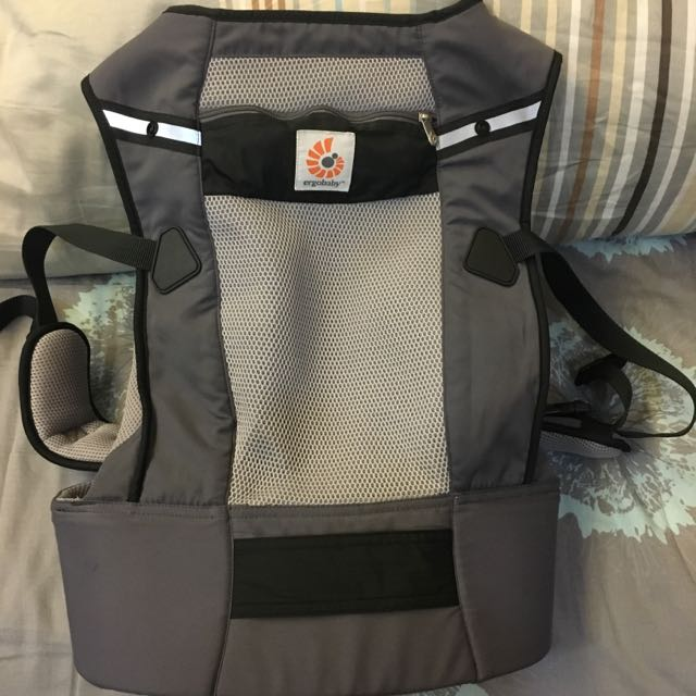 bd3cc4fd709 Reserved  ERGObaby Performance Baby Carrier Ventus Graphite