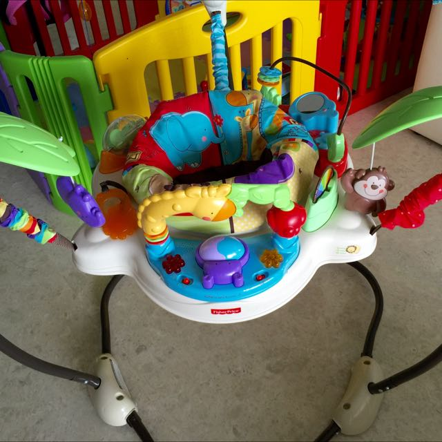 8905e8e97932 Fisher price Luv u Zoo Jumperoo