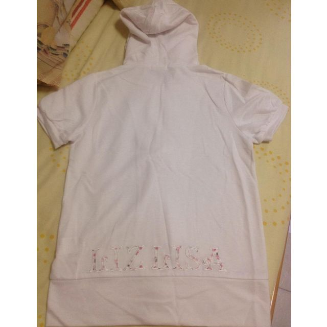 ea1db1025 Liz Lisa short sleeved hoodie, Women's Fashion on Carousell