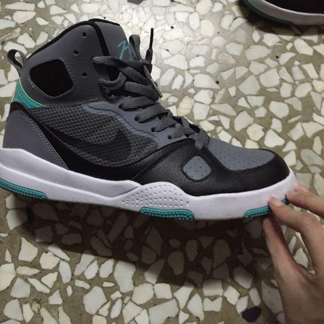 八成新/Nike Size25