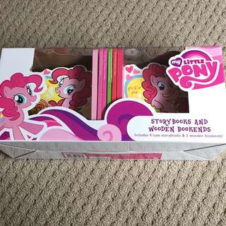 My Little Pony Wooden Book Ends And 4 Books