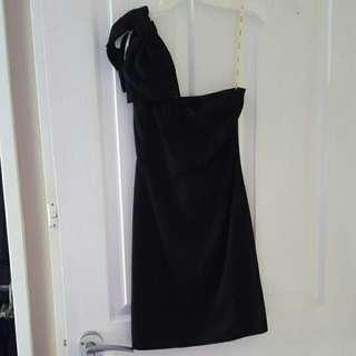 Bardot One Shoulder Black Dress With Bow Size 6