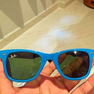 Rayban Wayfarer Sunglasses (Light Blue)
