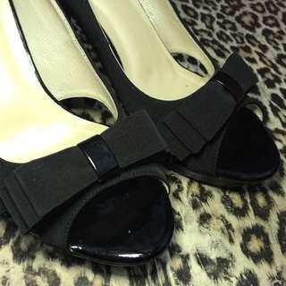 A.S.O阿瘦黑色蝴蝶結高跟鞋