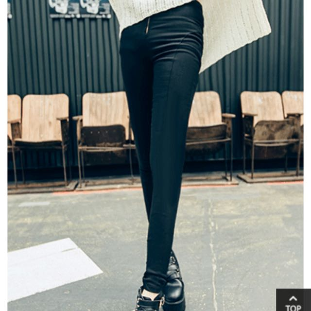 黑單鍊貼腿修身窄管褲