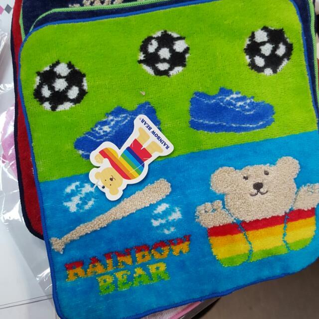 全新 日本製 彩虹熊小毛巾 熊熊手帕 方巾