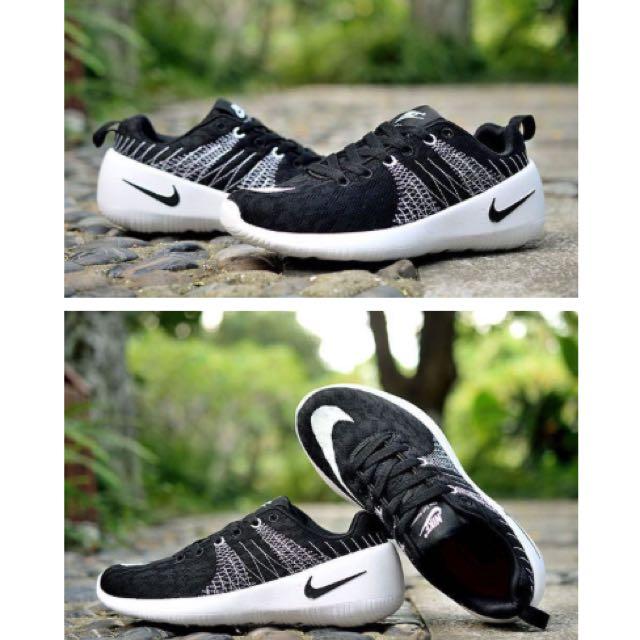 🍀預購🍀 Nike top running 透氣針織 情侶跑鞋 黑白色