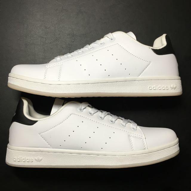 BNIB Adidas Stan Smith (replica) US 9
