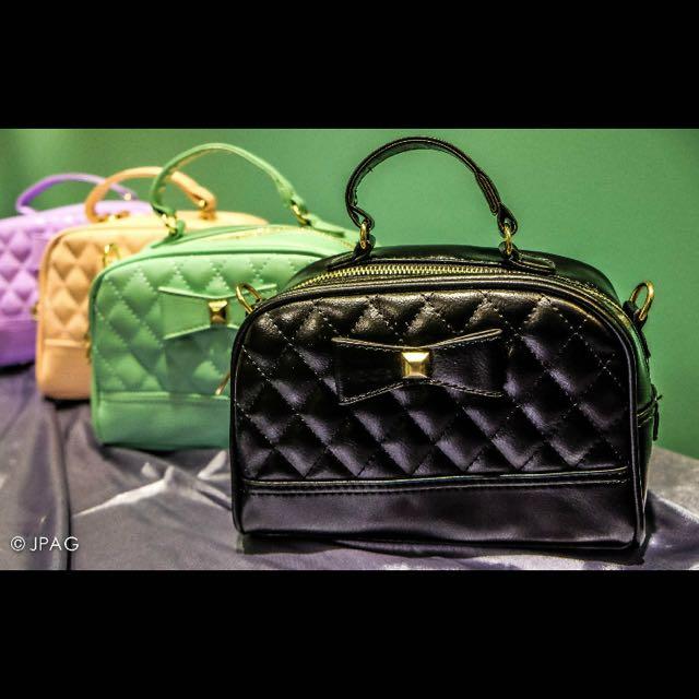 Rib-bonet Classic Bag (With Sling)