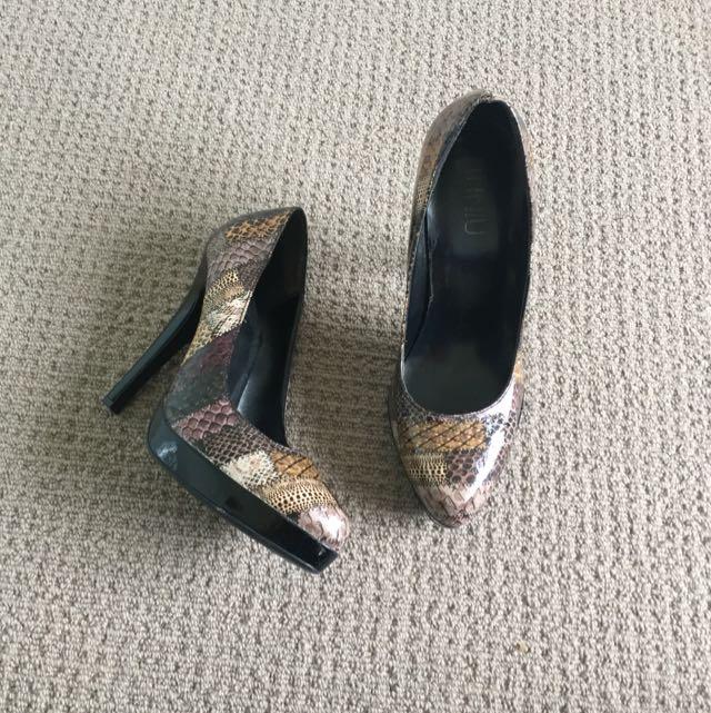 REDUCED Heels / Pumps