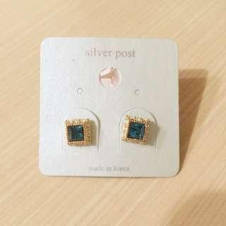 全新藍寶石正韓耳環