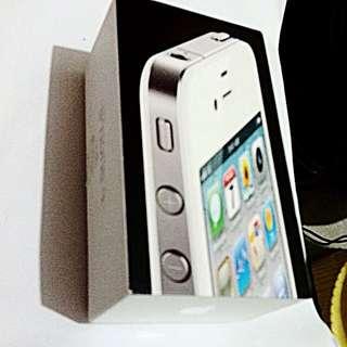 iPhone 4 32g  喜歡iPhone4 可以看看^_^