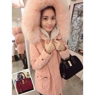 正韓-粉色膨膨毛領外套