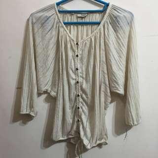 九成新✨米色寬鬆罩衫