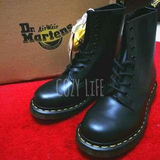 《英國代購》Dr. Martens 經典1460黑色8孔馬汀靴 男女尺寸 馬丁 情侶鞋