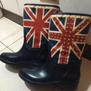 京站購入雨鞋