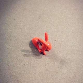 含運•橘色小兔耳針