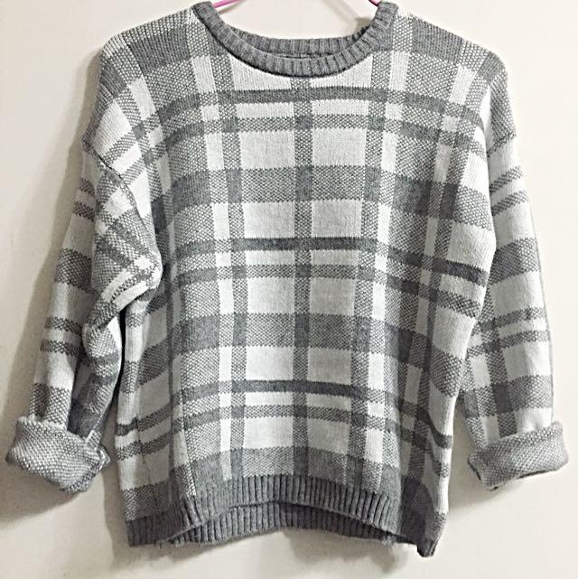 韓妞必備寬鬆格紋毛衣