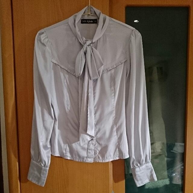淺灰雪紡襯衫