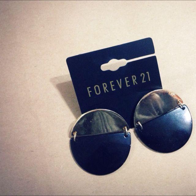 含運•forever 21黑金配色耳針