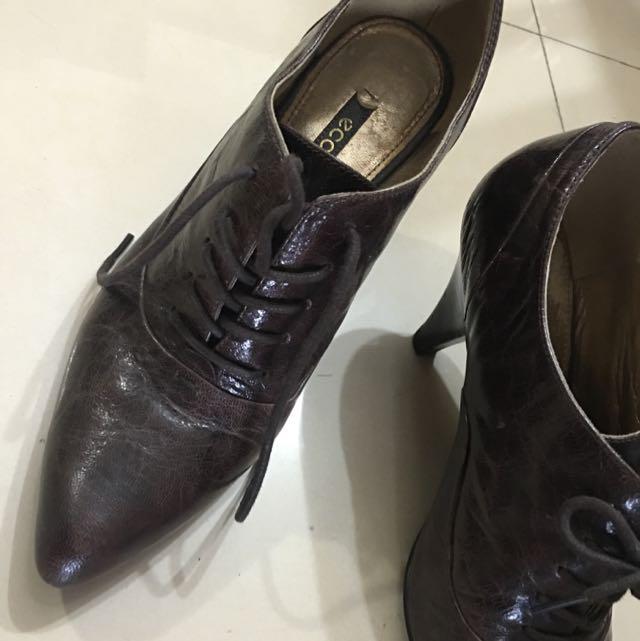 Ecco二手皮鞋 37號