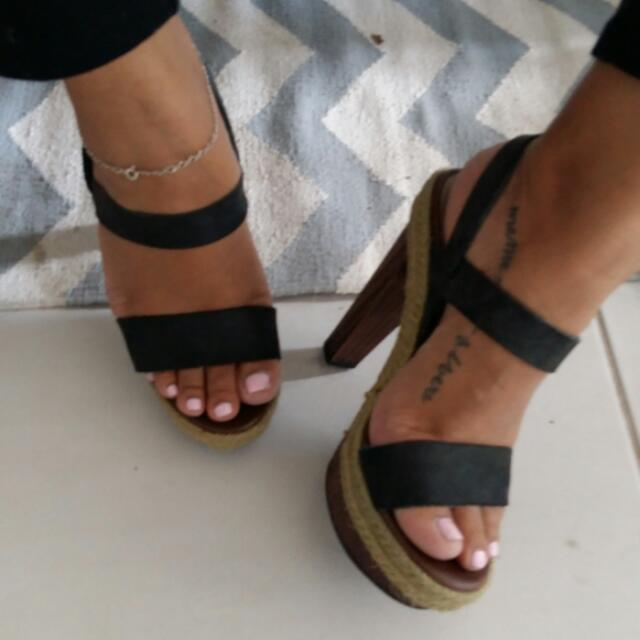 Sirens Strappy Heels Size 7.5