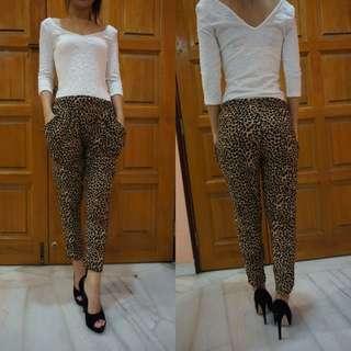 Leopard Printed Baggy Pants