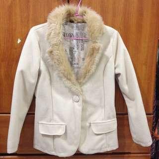 (二手)米杏色兔毛領毛呢西裝外套💥