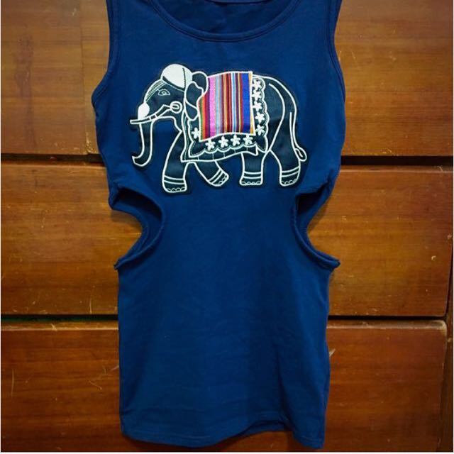 泰國象鏤空上衣