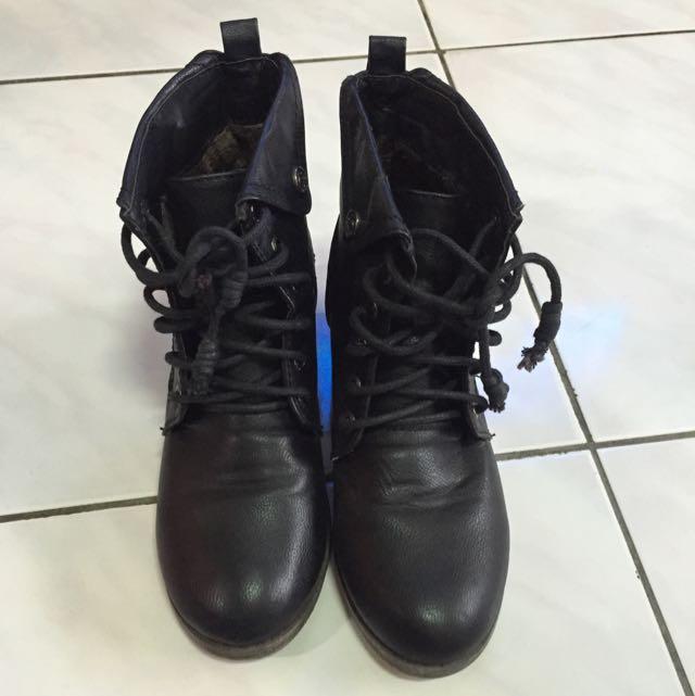 跟靴 踝靴 靴 皮革款