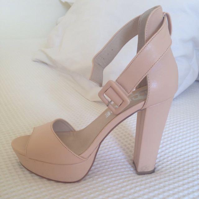 Mr and Mare Nude Heels size 8