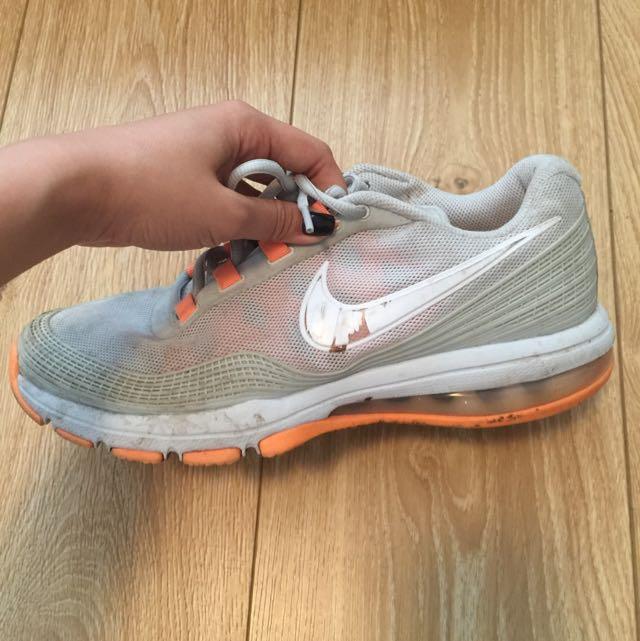 Authentic Nike Men's Shoe