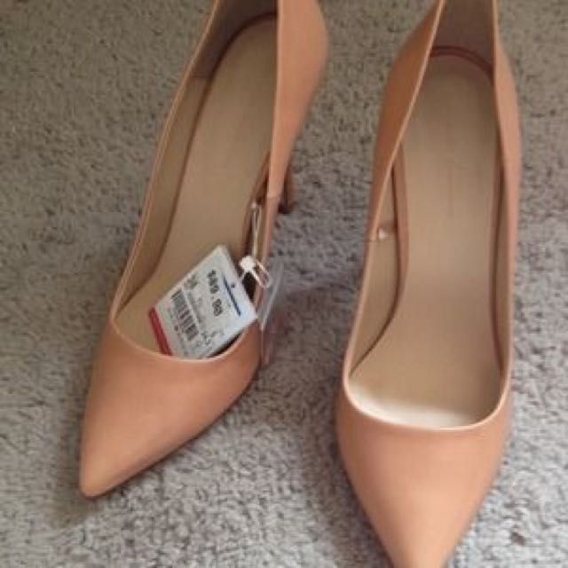 6b34db07cf1 ZARA Nude Pointed High Heels Pumps 39