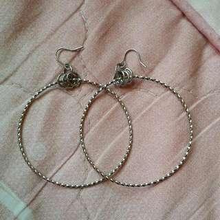 (全新降價出清)圈圈耳環