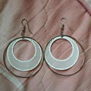 (全新降價出清)圈圈造型耳環